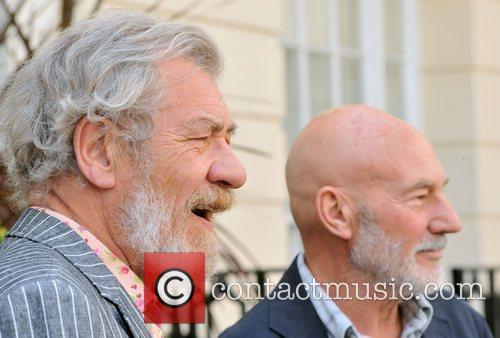 Ian McKellen, Patrick Stewart Photocall with the cast...
