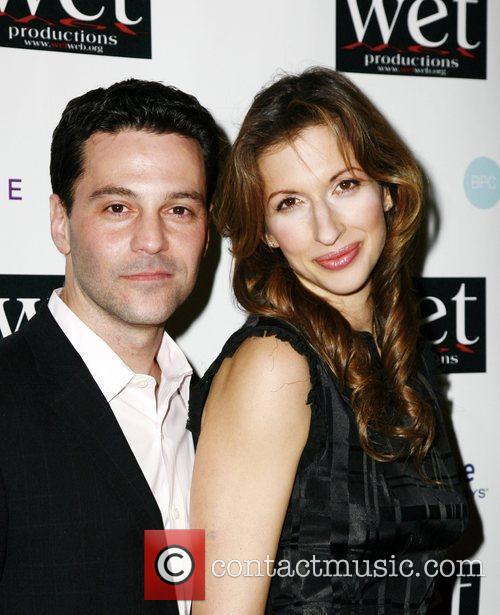 David Alan Basche, Alysia Reiner LOVE Benefit to...