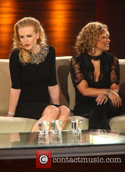 Nicole Kidman, Anastacia on German TV show 'Wetten...