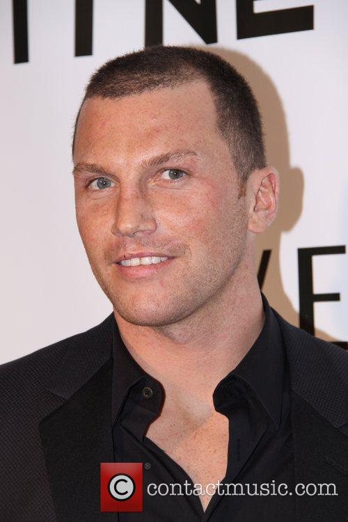 Sean Avery and Versace 11