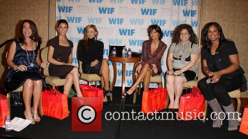 Hilary Aitken, Karina Smirnoff and Samantha Harris 8