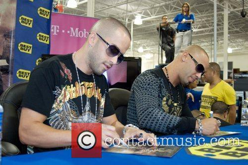 Wisin y Yandel at the in store signing...