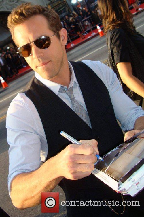 Ryan Reynolds meets the fans and signs autographs...