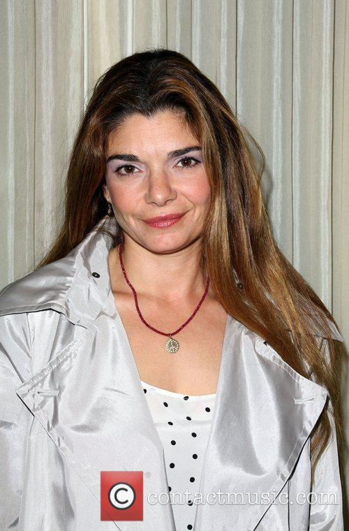 Laura San Giacomo - Photo Colection