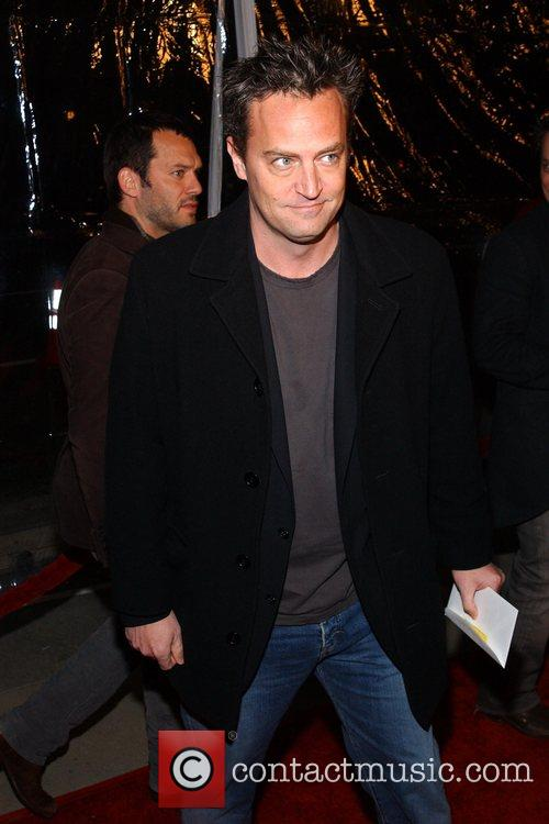 matthew perry 2221205