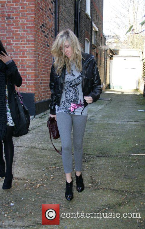 Diana Vickers  leaving the 'X Factor' house...