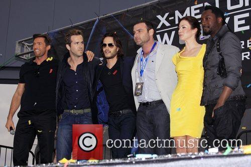 Hugh Jackman, Ryan Reynolds, Taylor Kitsch, Liev Schreiber,...