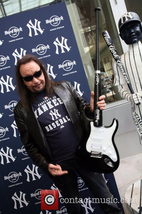 Ace Frehley 3