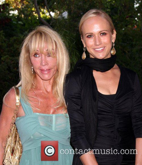 Jennifer Landon and Cindy Landon