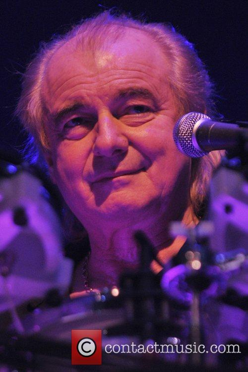alan white of the band yes 5221546
