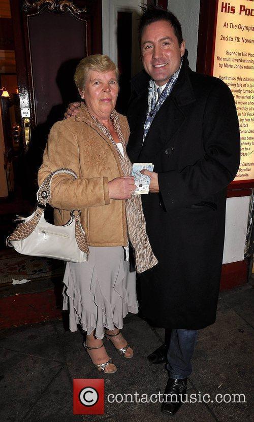 Marie White, Julian Benson 'Night of 100 Stars'...