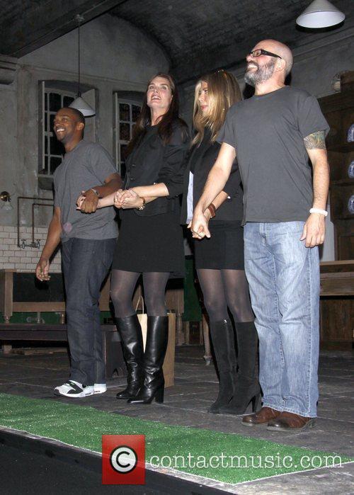 Brooke Shields, Jennifer Aniston & David Cross take...