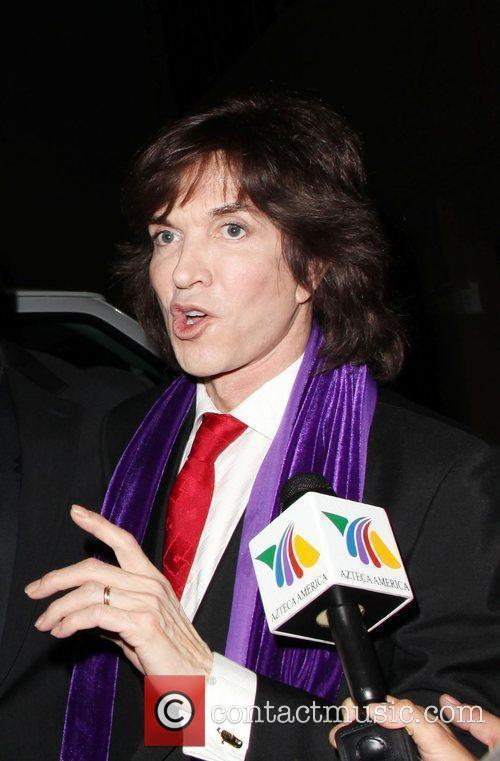 Spanish singer Camilo Sesto arrives at a press...