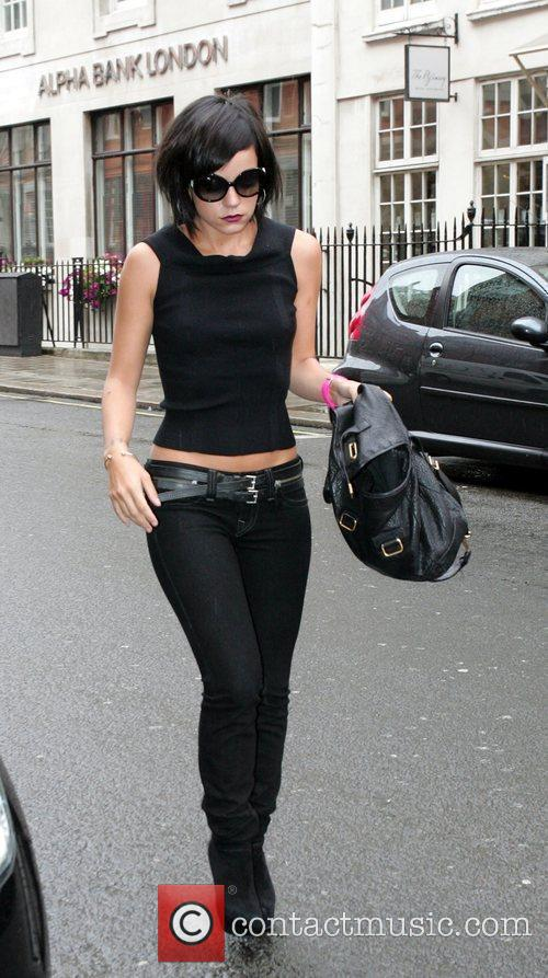 Lily Allen arrives at Claridges hotel ahead of...