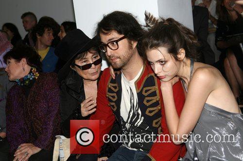 Yoko Ono and Sean Lennon 6