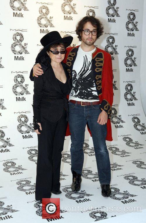 Yoko Ono and Sean Lennon 3