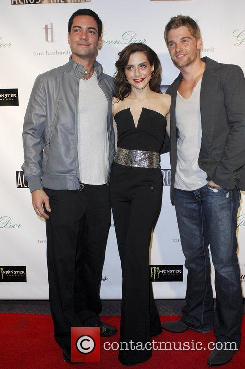 Mike Vogel, Alex Merkin and Brittany Murphy 5