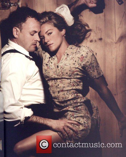 Sienna Miller and Jonny Lee Miller 3