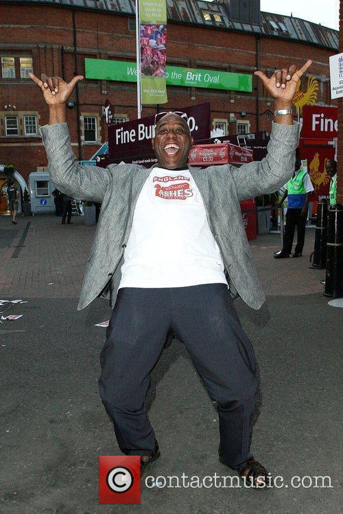 Ainsley Harriott Celebrates England's Victory Win Of The Ashes At The Oval By Flying The Flag Of St George 2