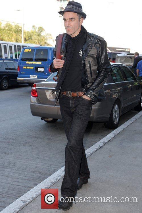 Arriving at LAX airport while wearing a Ben...
