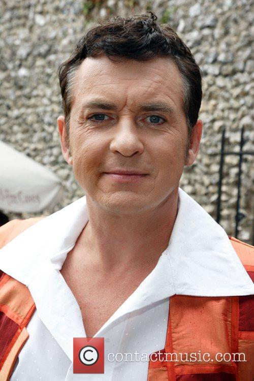 Shane Richie Photocall to launch the Pantomime 'Aladdin'...
