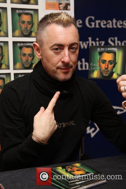 Alan Cumming signs copies of his CD 'I...