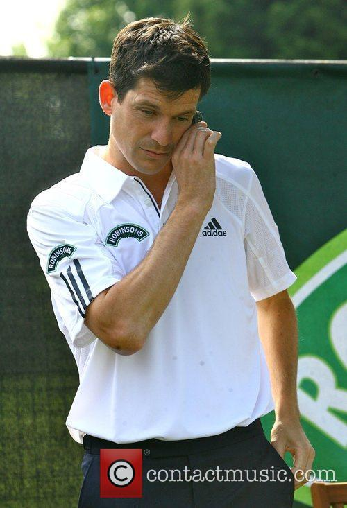 Tim Henman picture