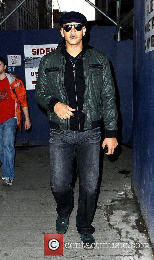 Alex Rodriguez takes a walk through midtown Manhattan...