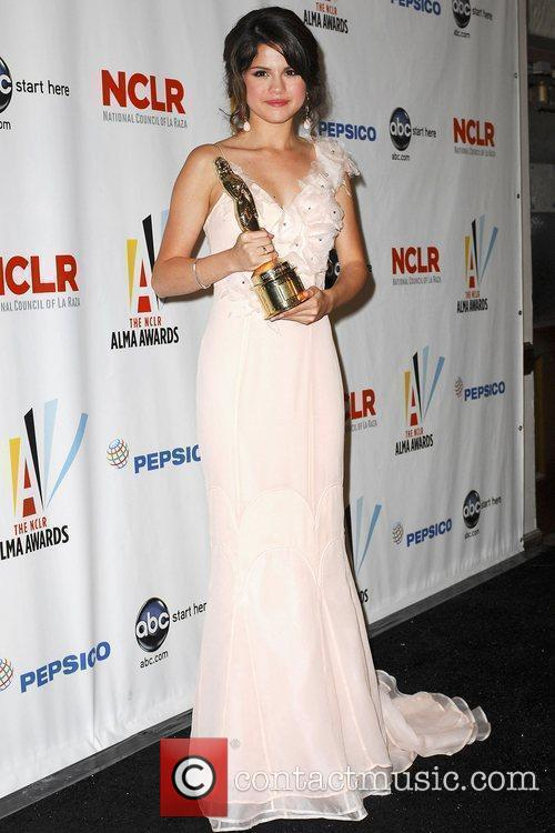 2009 ALMA Awards - Press Room