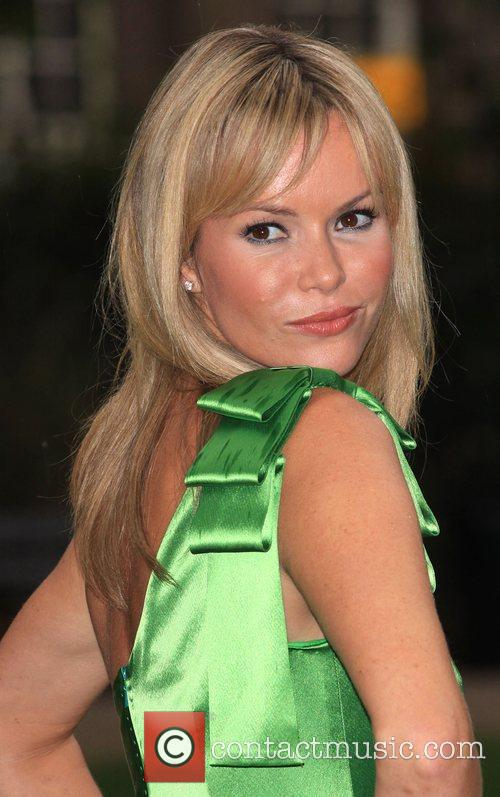 Amanda Holden - Photos Hot