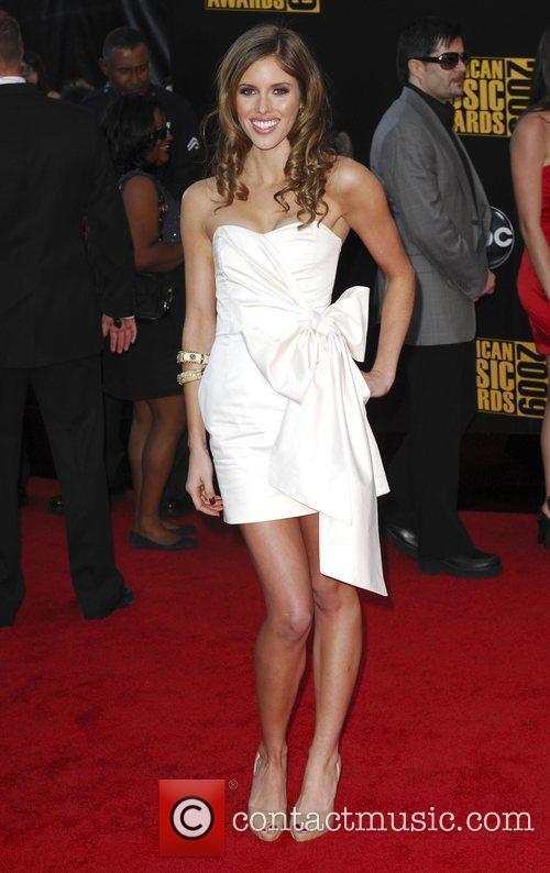 Kayla Ewell 2009 American Music Awards - Arrivals...