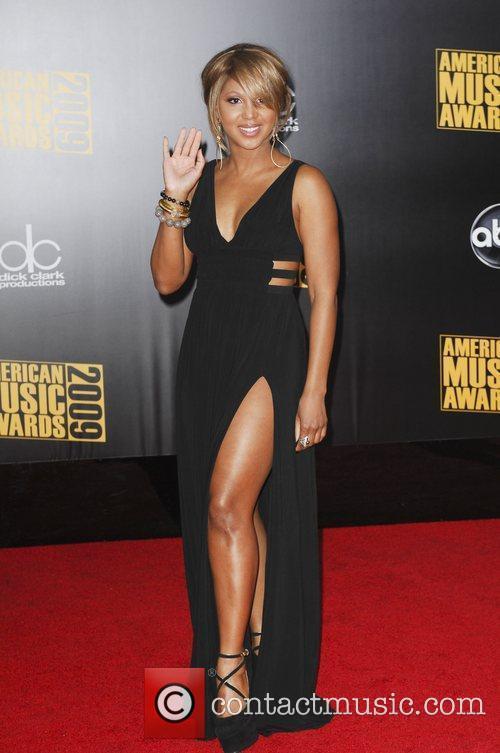 Toni Braxton 2009 American Music Awards - Arrivals...