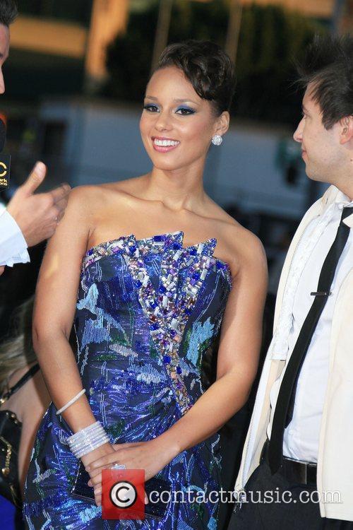 Alicia Keys 2009 American Music Awards - Arrivals...