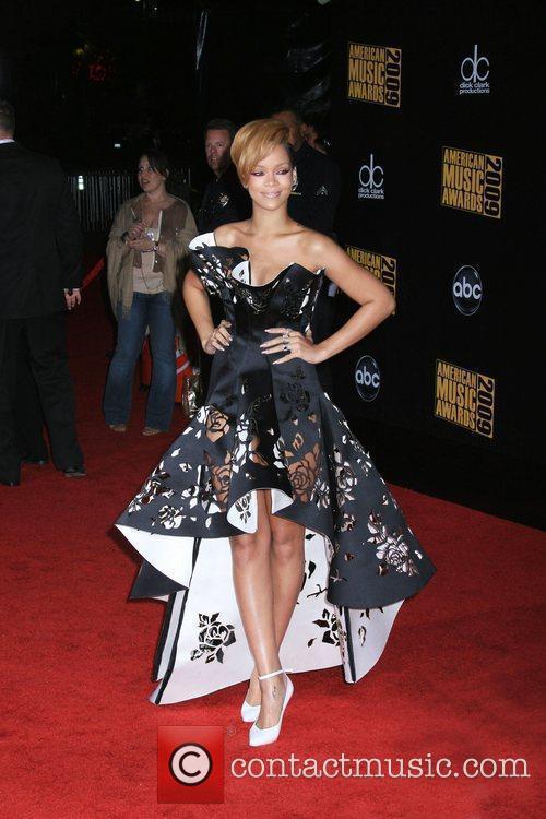 Rihanna 2009 American Music Awards - Arrivals held...