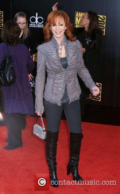 Reba McIntire 2009 American Music Awards - Arrivals...