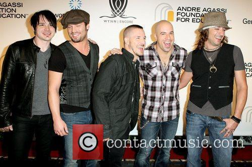Chris Daughtry and Andre Agassi 1