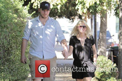 Anna Faris, husband Chris Pratt leaving The Cat and Fiddle in Hollywood after eating lunch. 19