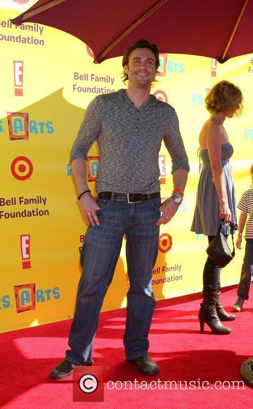 Daniel Goddard 2009 P.S. Arts Express Yourself event...
