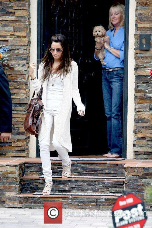 Ashley Tisdale 'High School Musical' star leaves her...