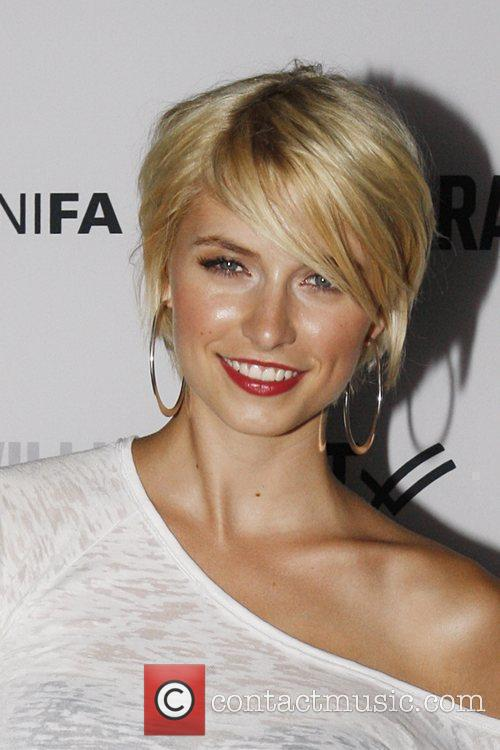 Lena Gercke and Tempelhof Airport 3