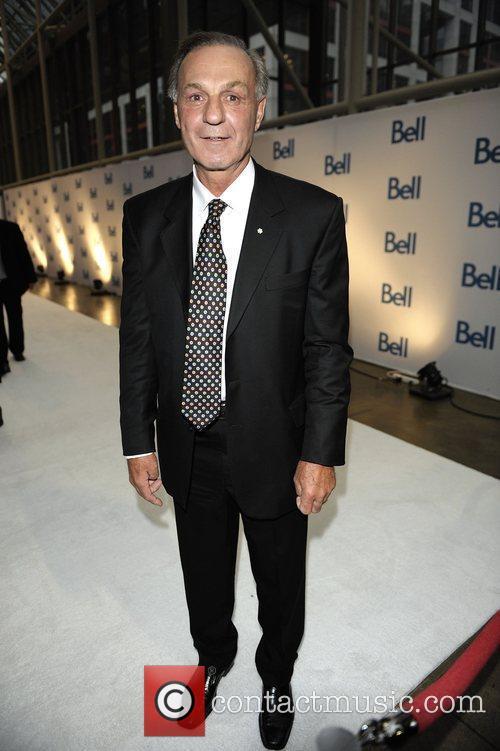 Guy Lafleur Bell Gala 2009 in aid of...