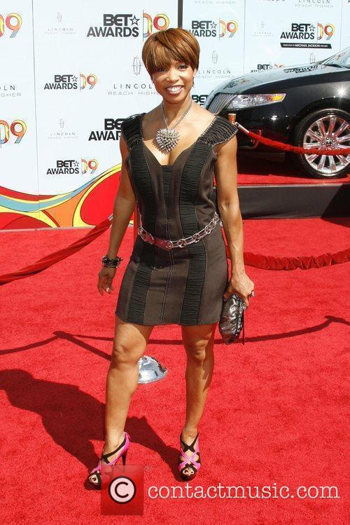 Elise Neal and Bet Awards 3