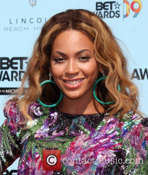 Beyonce Knowles and Bet Awards 1
