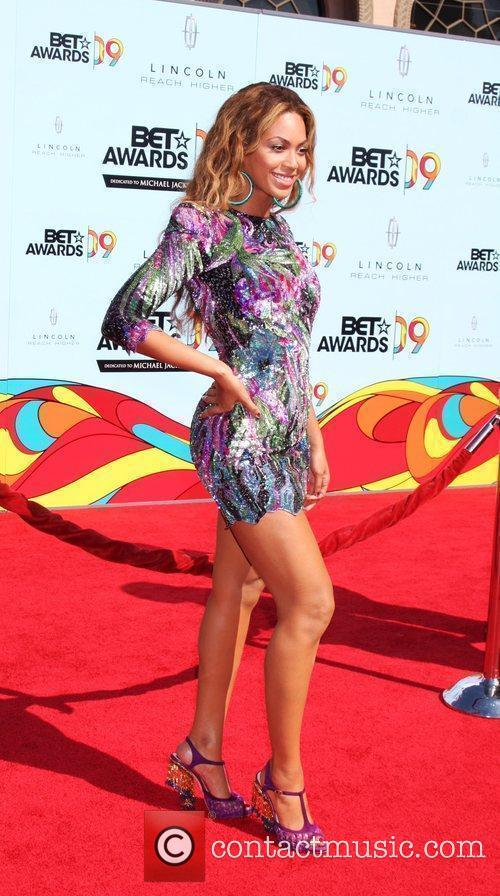 Beyonce Knowles and Bet Awards 3