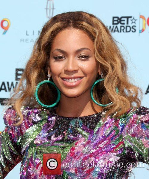 Beyonce Knowles and Bet Awards 6