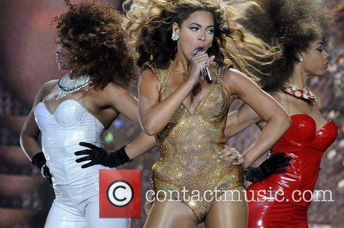 Beyonce Knowles and Staples Center 16