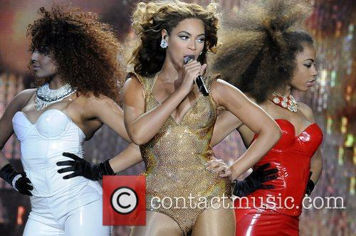 Beyonce Knowles and Staples Center 9
