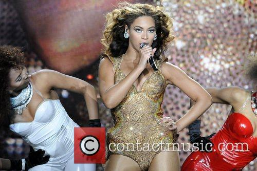 Beyonce Knowles and Staples Center 5