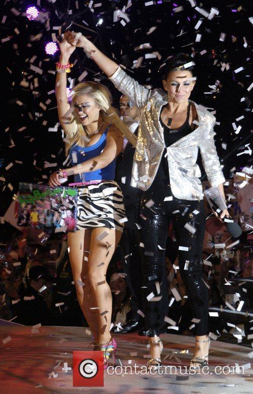Davina Mccall and Sophie Reade (winner) 6