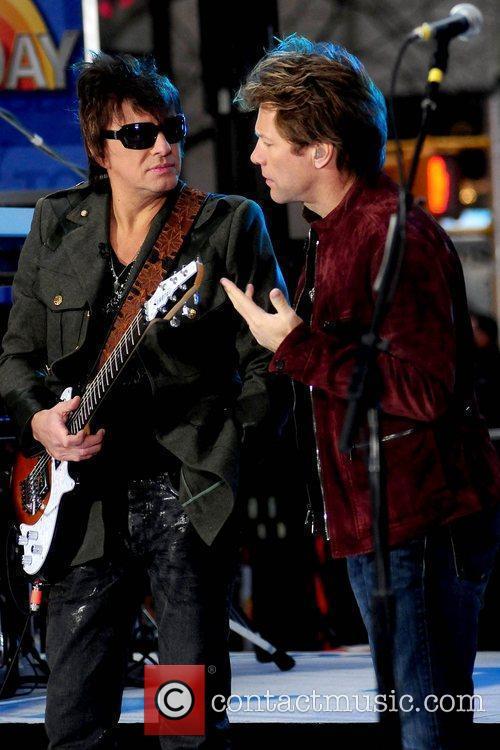 Richie Sambora and Jon Bon Jovi 8